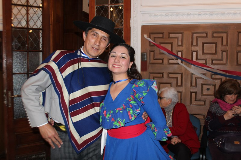 PUDAHUEL EL GRAN GANADOR EN EL REGIONAL DE CUECA 2014
