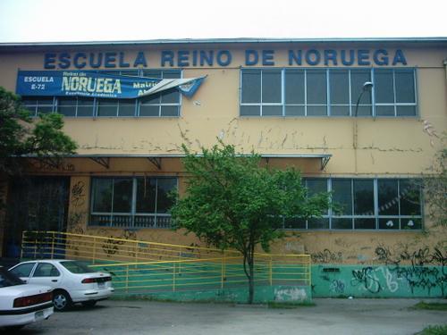 RECONSTRUCCIÓN DE LAS DEPENDENCIAS DE LA ESCUELA REINO DE NORUEGA TRAS EL TERREMOTO 27/F