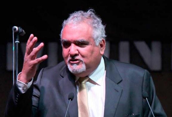 Alcalde de Lo Espejo no cumple acuerdo y mantiene a profesores enfermos sin trabajo
