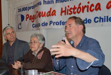 Eduardo Artés fue el segundo presidenciable en reunirse con profesores jubilados por tema de la Deuda Histórica