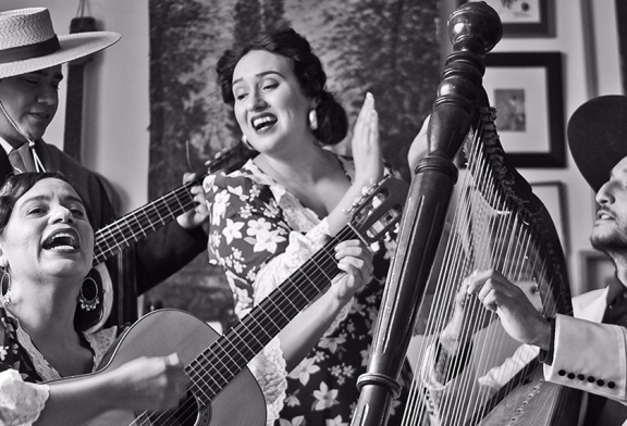CONVENIOS: Cursos de Chino y Temporada de Conciertos de la Universidad de Chile con homenaje a Margot Loyola