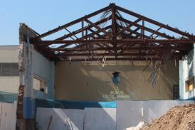 Reportaje a fondo: Tras el terremoto de 2010 una Escuela sigue sin ser reconstruida