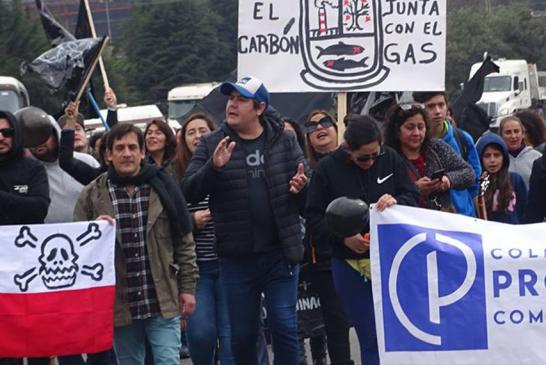 Profesores de Puchuncaví luchan por el medioambiente y la vida sana de su comunidad