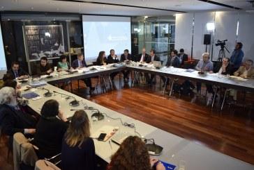 """Visión crítica del Colegio de Profesores ante mediático proyecto de ley oficialista """"Aula Segura"""""""