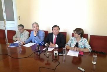 Colegio de Profesores apoya proyecto de ley que aumenta penas a agresores de docentes y funcionarios de la salud
