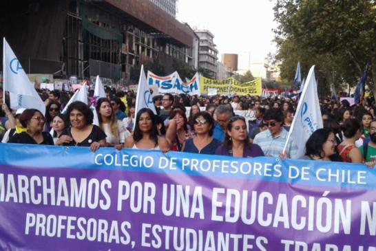 Colegio de Profesores y Profesoras participó en histórica huelga feminista