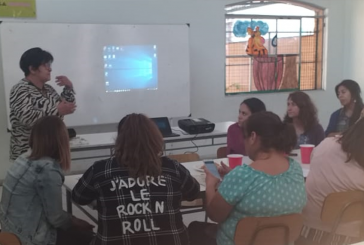 Dirigenta metropolitana Patricia Muñoz aborda problemas de Titularidad en Renca