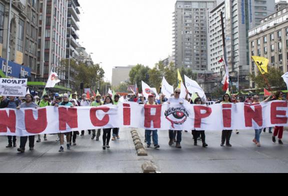 Manifestaciones marcan los dos años de gobierno de Piñera