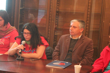 Con lleno total se desarrolló conferencia del Chicago Teachers Union de EEUU