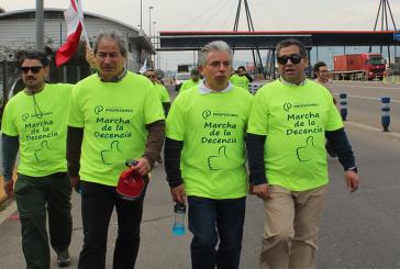 Con amplia difusión mediática y apoyo popular finaliza primera jornada de 'Marcha de la decencia'