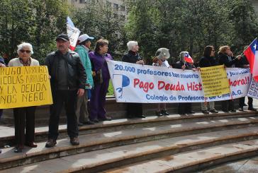 Un nuevo 5 de octubre y profesores afectados por Deuda Histórica vuelven a protestar