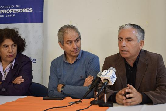 """Carlos Díaz Marchant denuncia a sostenedores que se acogen a ley de """"Protección al Empleo"""" pese a tener más de $300 millones de recursos públicos sin gastar"""
