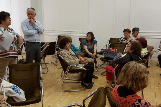 Cabildo con docentes jubilados concluyó en necesidad de Asamblea Constituyente y diálogo entre la ciudadanía