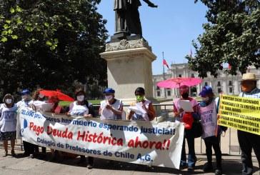 Un nuevo jueves de lucha por el pago y reparación de la Deuda Histórica